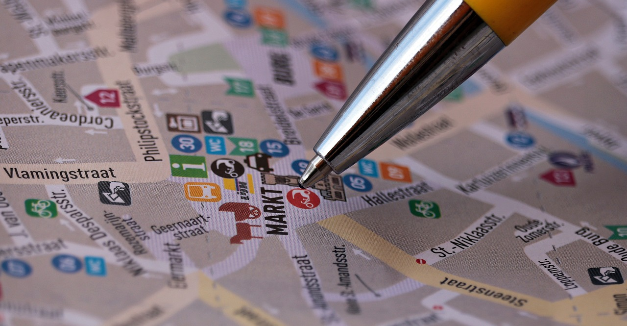 Stylo sur une carte